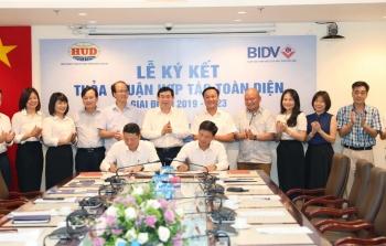 Tổng công ty HUD và Ngân hàng BIDV tổ chức Lễ ký kết Thỏa thuận hợp tác toàn diện giai đoạn 2019-2023