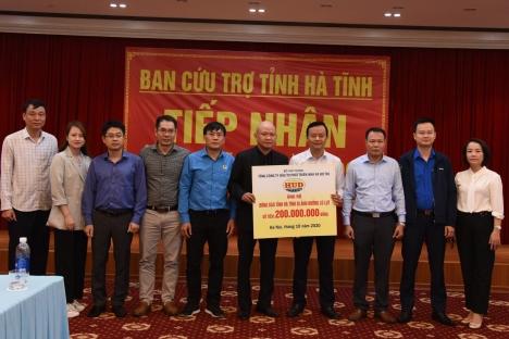 HUD ủng hộ đồng bào Hà Tĩnh 200 triệu đồng khắc phục hậu quả lũ lụt
